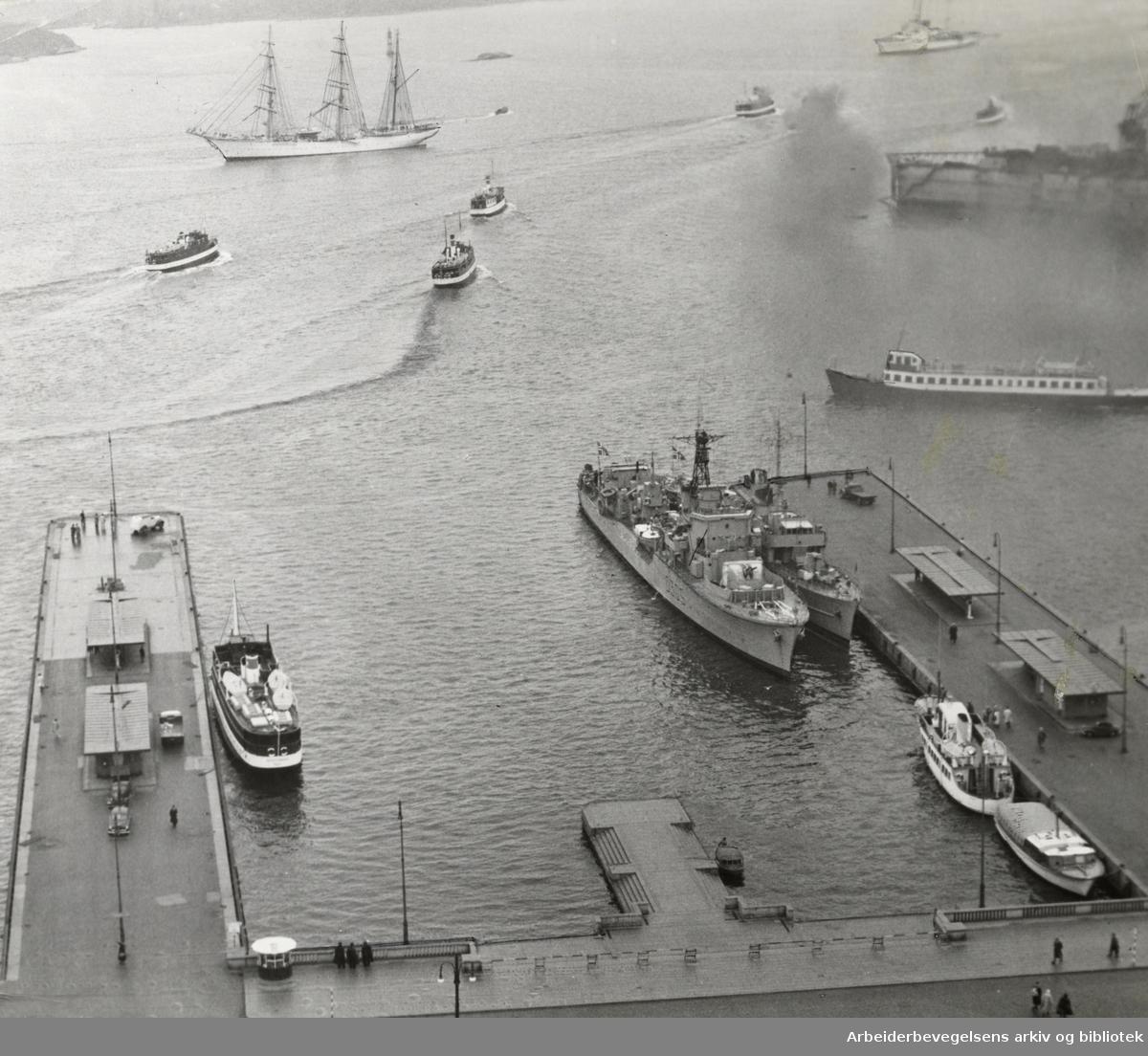 Havna. Juni 1952