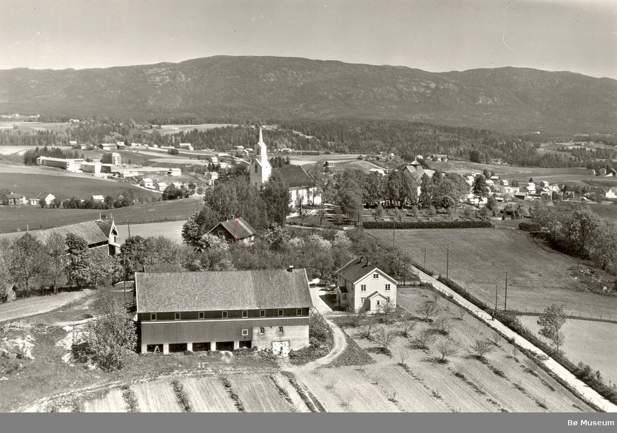 Flyfoto av Bøhaugen