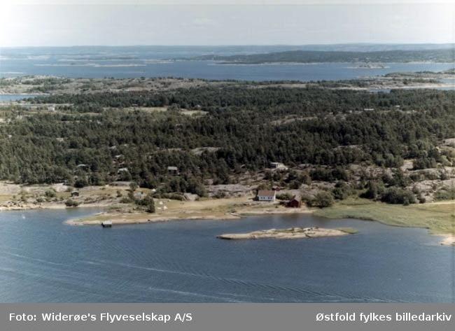 Flyfoto fra Tredalen, Spjærøy, Hvaler 1967.