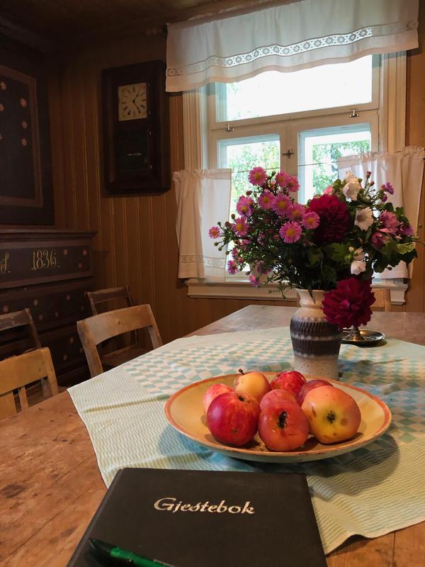 Kjøkkenet, Sagstua skolemuseum, Sigurd Hoels hjem