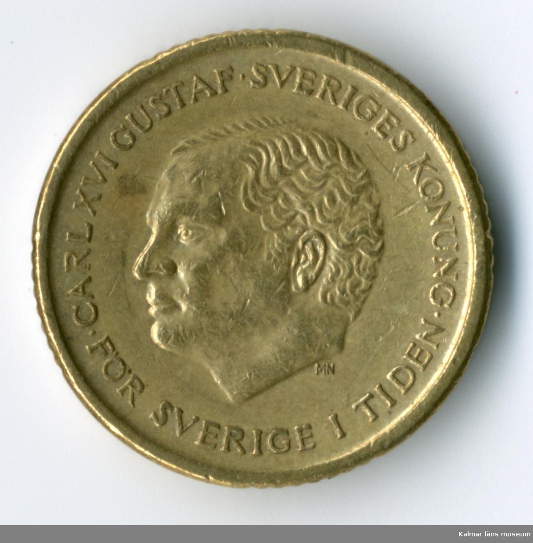 KLM 46167:83 Mynt, av metall, 10 kronor. Utgiven 1991. Under Carl XVI Gustafs tid.