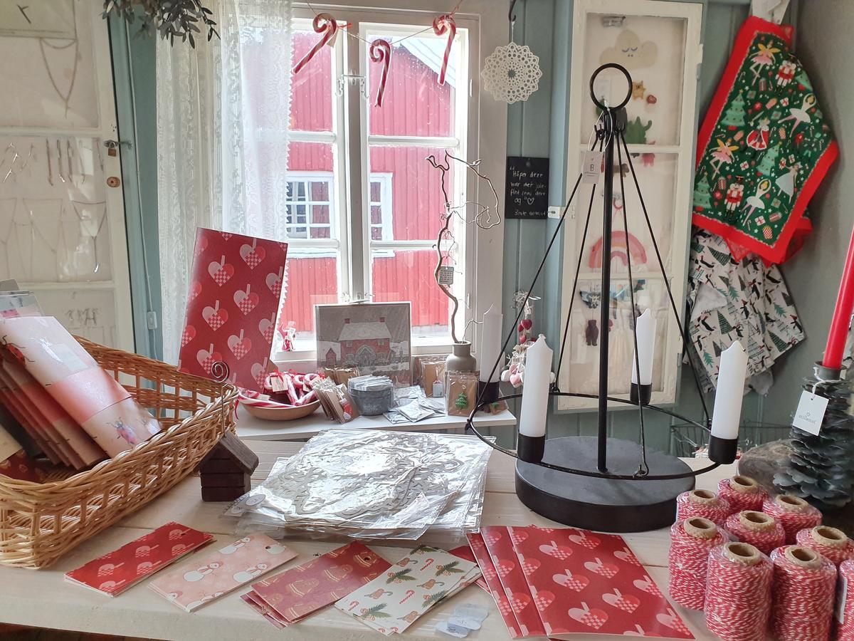 Julevarer i museumsbutikken (Foto/Photo)