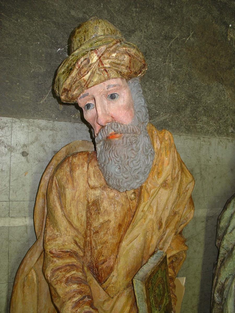 Träskulptur föreställande aposteln Bartolomeus i Brahekyrkan på Visingsö, Jönköpings kommun.