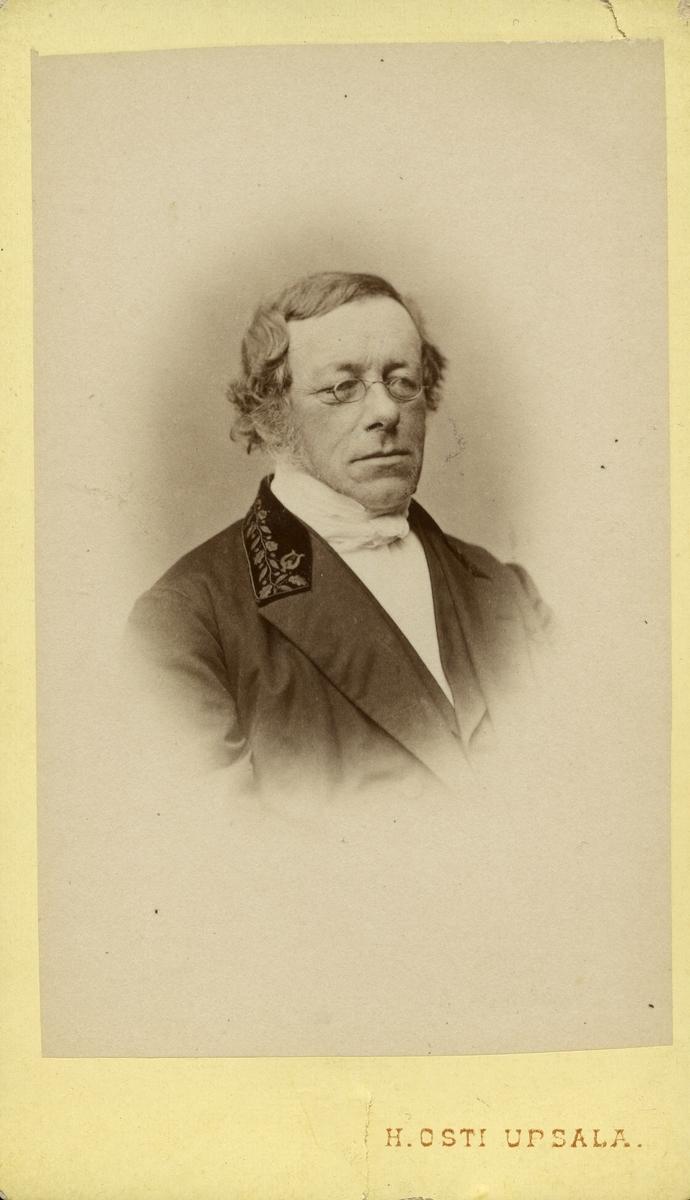 Professor W. E. Swedelus.