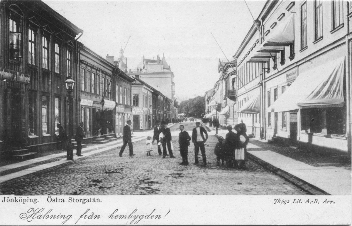 """Brefkort med motiv från Östra Storgatan i Jönköping och """"Hälsning från hembygden!"""""""
