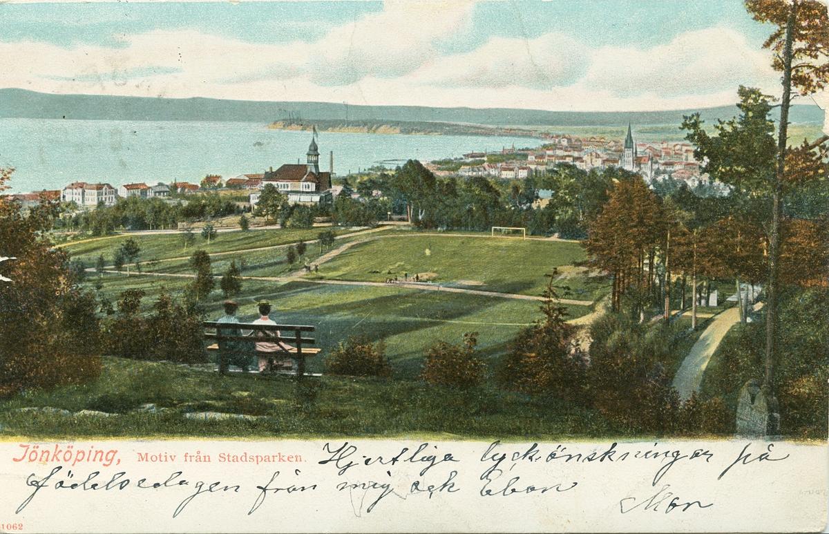 Brefkort med motiv från Stadsparken med utsikt över västra delen av Jönköping.