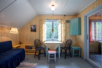 Stua i 2. etasje i bolighiset fra Olderfjord. (Foto/Photo)