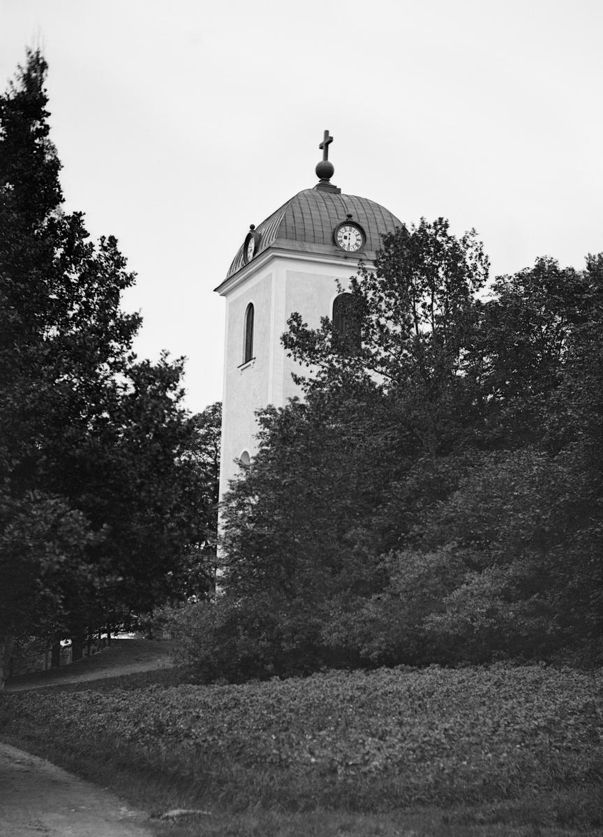 Den nya kyrka i Sankt Anna uppfördes under åren 1819-1821.