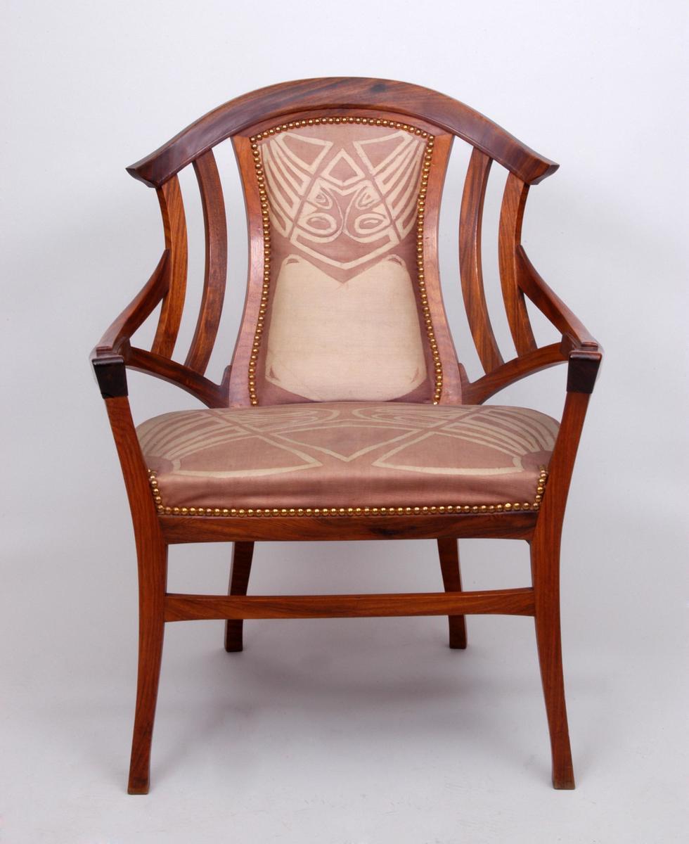 Stolen ble kjøpt fra Julius Meier-Graefes' La Maison Moderne da Jens Thiis besøkte Verdensutstillingen (Exposition Universelle) i Paris i 1900. (Foto/Photo)