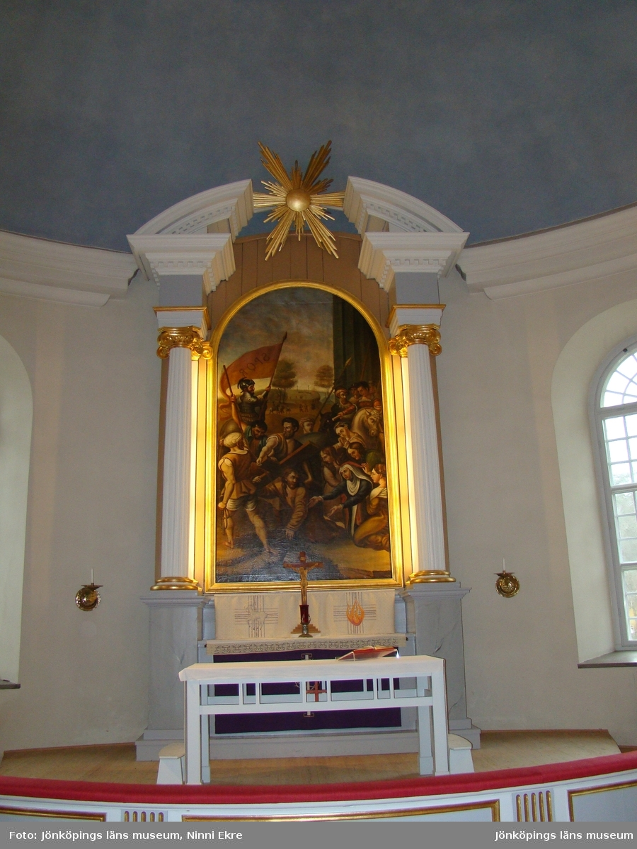 Bäckebo kyrka, Nybro pastorat. Kor med altaruppsats.