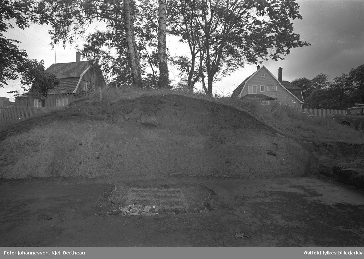 Arkeologisk utgraving av Borgs byvoll mot St. Mariegate i Sarpsborg 1968..