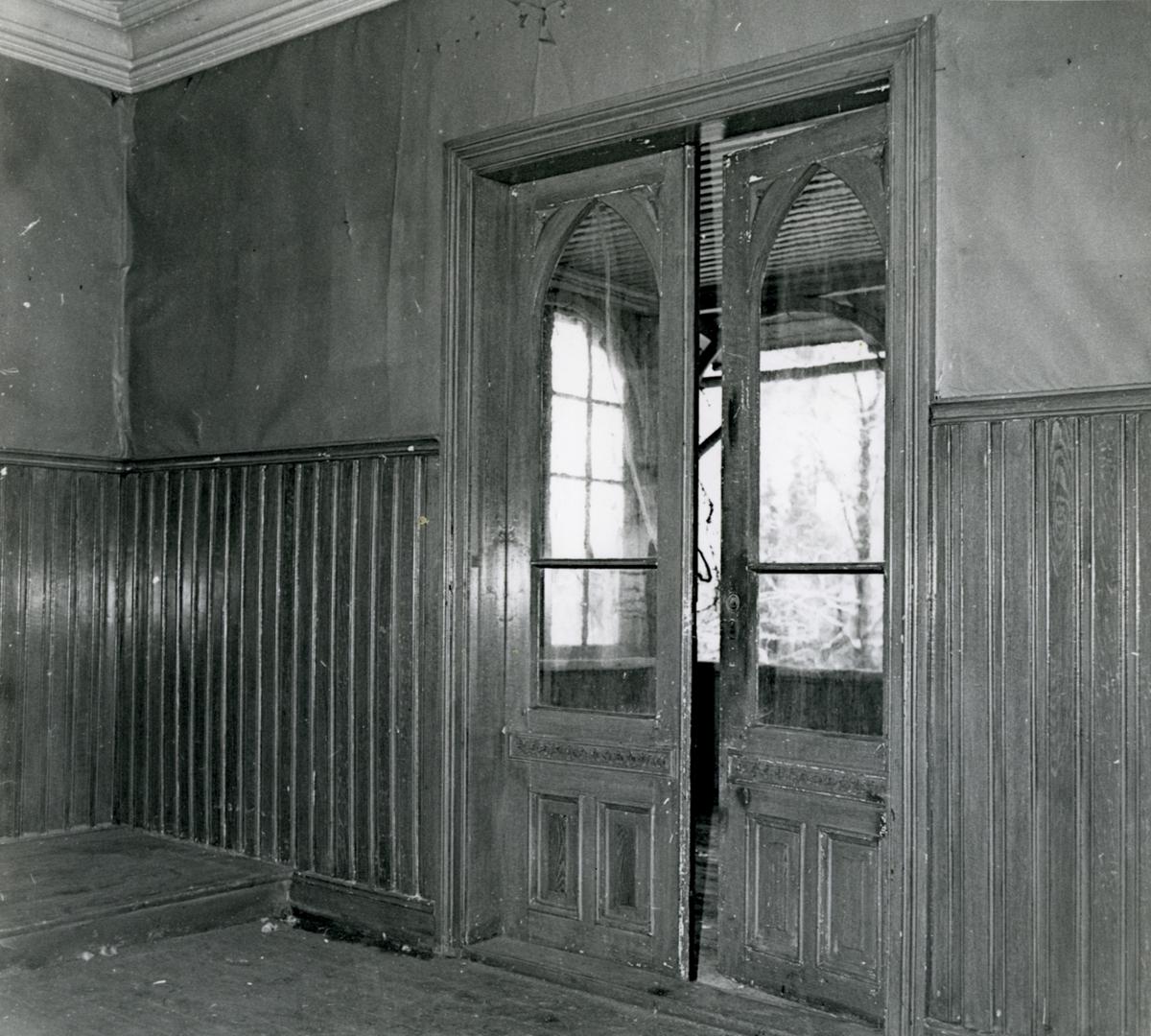 DOK:1970-tallet, Aulestad, Erlinghuset, interiør, dør,