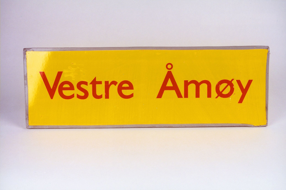 Postmuseet, gjenstander, skilt, stedskilt, stedsnavn, Vestre Åmøy.