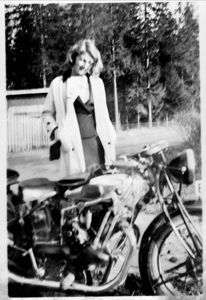 Motorsykkel, kvinne