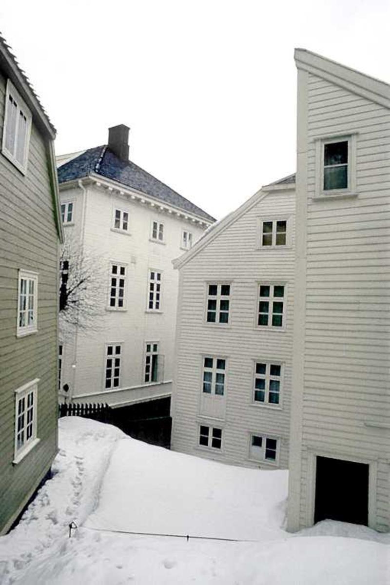 Arendal Rådhus. Bakside, gårdsrom.