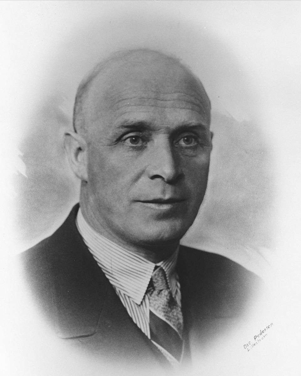 Portrett av Magnus Bratlie.