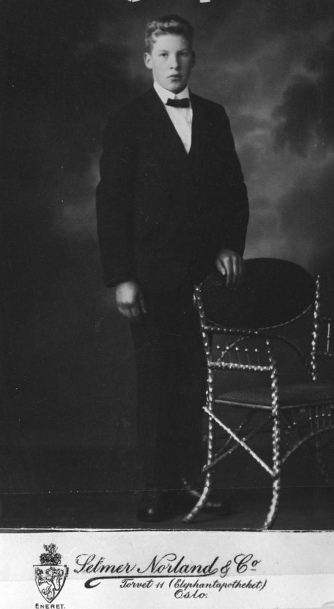 Gulbrand Nordby. Konfirmant 1926.