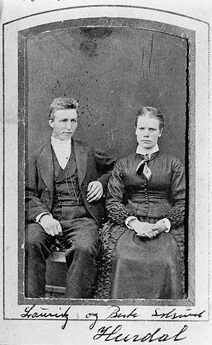 Lauritz og Bente Solsrud, Hurdal