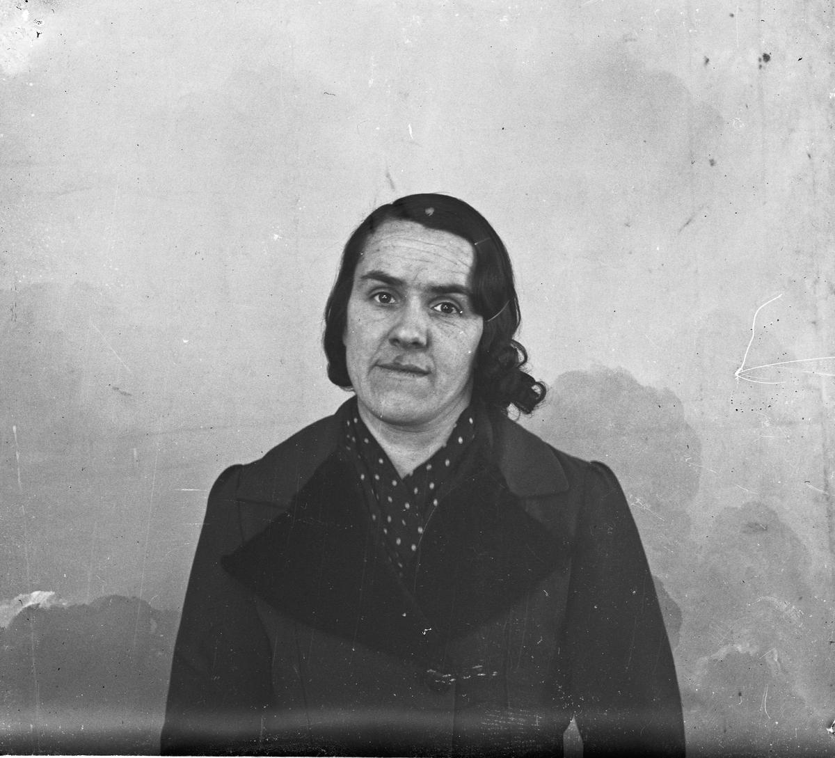 Portrett. Kvinne