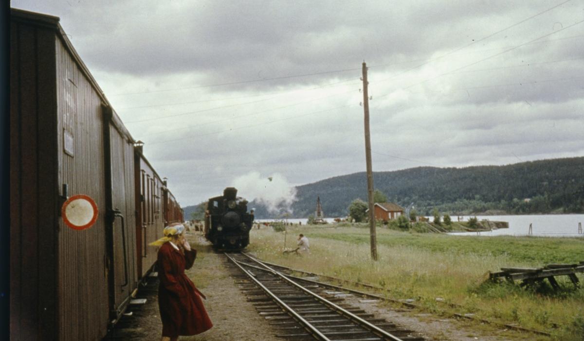 Skifting på Skulerud stasjon siste driftsdag.