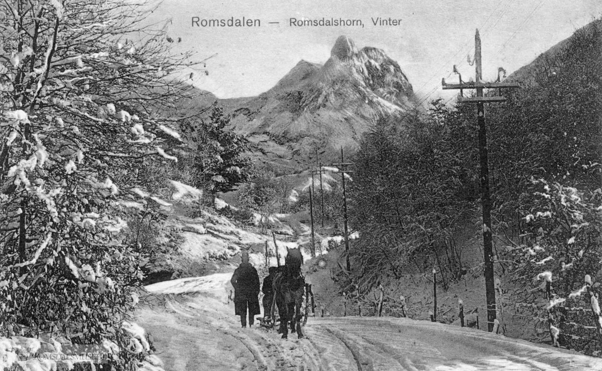 Romsdalshorn vinter...(Postkortene er en gave fra Ingvar Lillebostad)