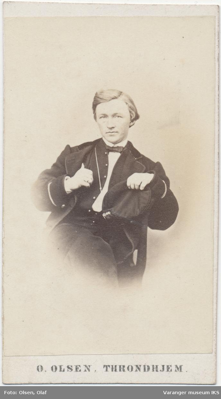 Portrett, Tobias Brodtkorb