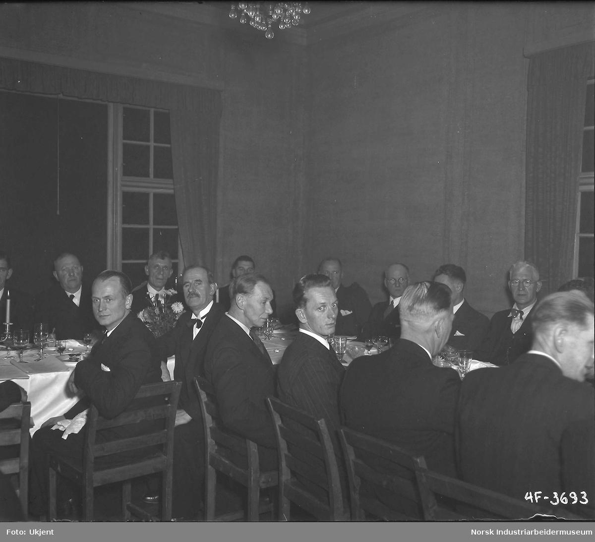 Jubilanter 1949. Bordbilder.