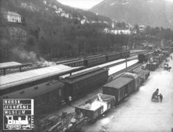 Lasting og lossing av godsvogner på Bergen stasjon