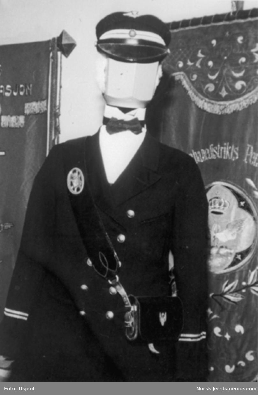 Foto av eldre uniform