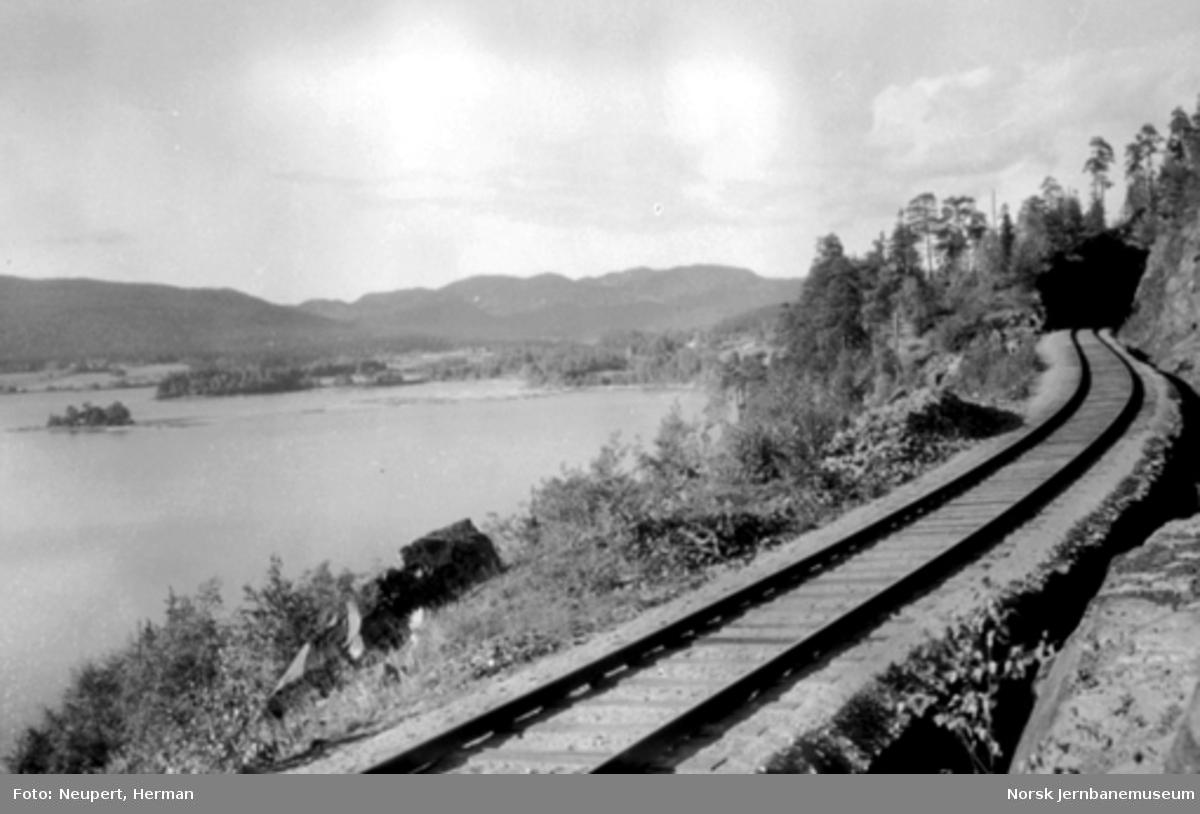 Gjøvikbanens trasé langs Maridalsvatnet