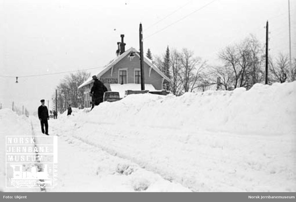 Gautestad stasjon med store snømengder