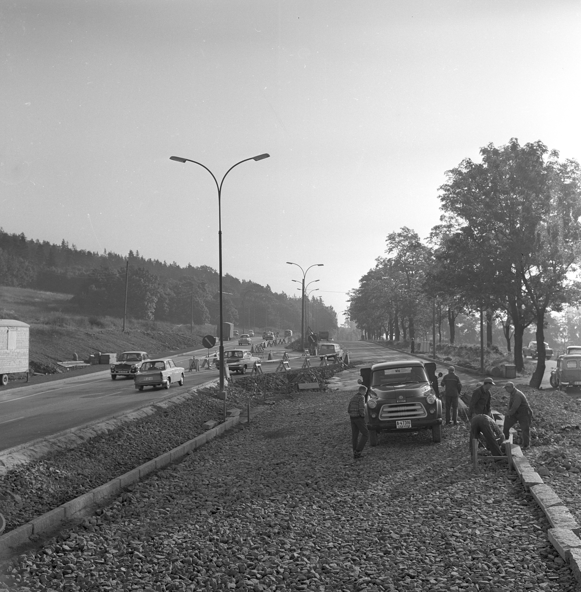 Veibygging på Riksvei 50. Fotografert august 1963.
