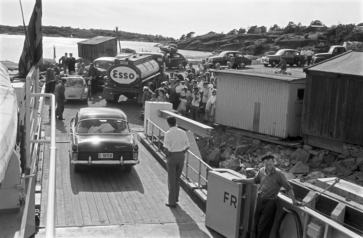 Serie Hvaler-fergen. Fotografert juli 1959.