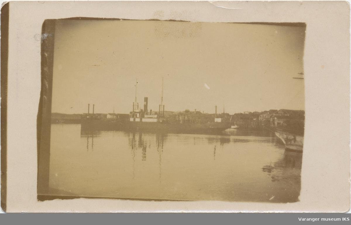Dampbåt på Nordre Våg