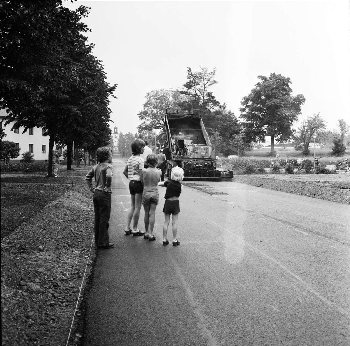 """Asfaltsommar"" i Tierp, Uppland juni 1973"