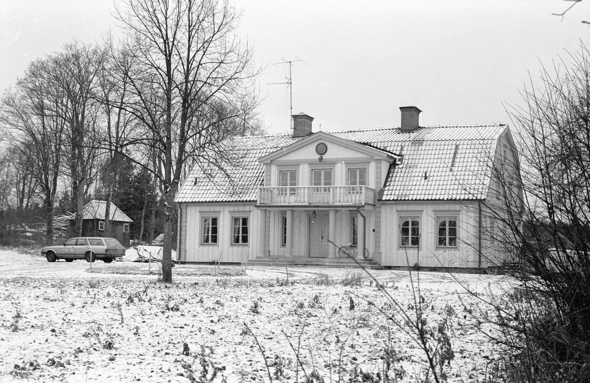 Bostadshus, Sunnanå 1:5, Sunnanå, Hagby socken, Uppland 1985