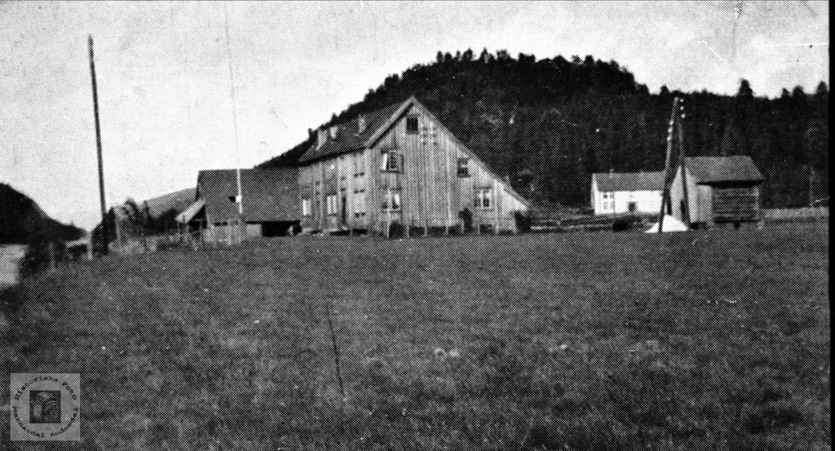 Gardsbruk Kleveland nedre i Finsland senere Marnardal.