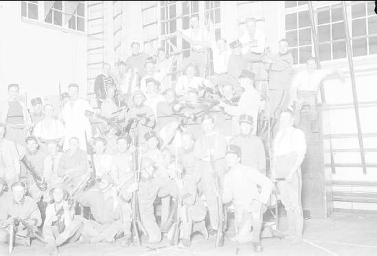 Under försöksperioderna var en del av försökspersonalen förlagda i gymnastiksalen.