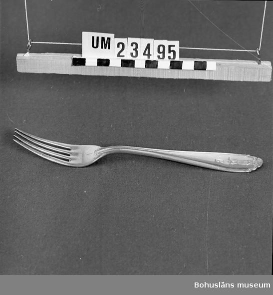 """471 Tillverkningstid 1910-1950 594 Landskap BOHUSLÄN  Wasamodellen. Märkt """"B"""" (Bokströms). Ur uppsättning bordsilver för uthyrning. STÄMP """"PRIMA NS ALP"""".  Neg nr. UM141:2"""
