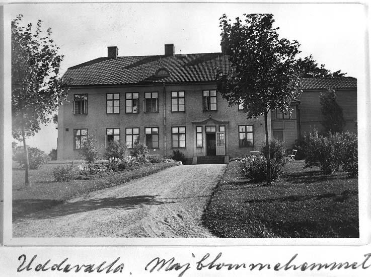 """Enligt text på fotot: """"Majblommehemmet sept 1938""""."""