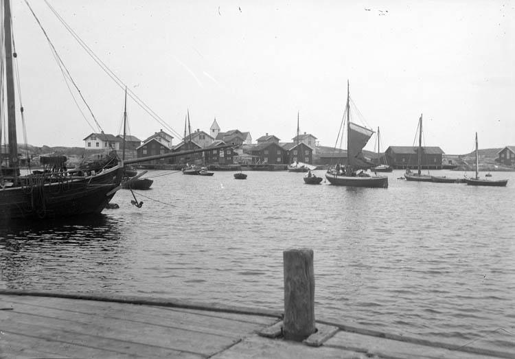 Sjöbåt på Klädesholmen