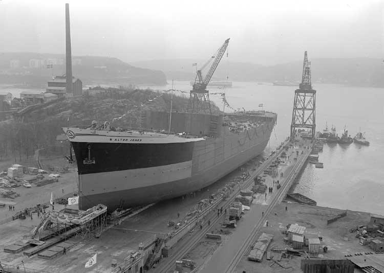 Fartyg nr. 201 T/T W. Alton Jones, sjösättning från stapelbädd IV.