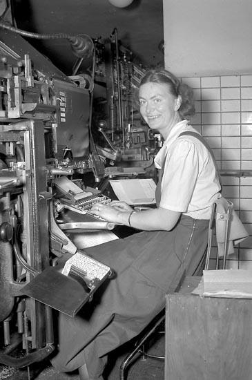 """Enligt notering: """"Kvinnlig sättare Bn Aug 1949""""."""