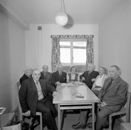"""Enligt notering: """"Folkpensionärernas styrelse d 12/5 -58"""