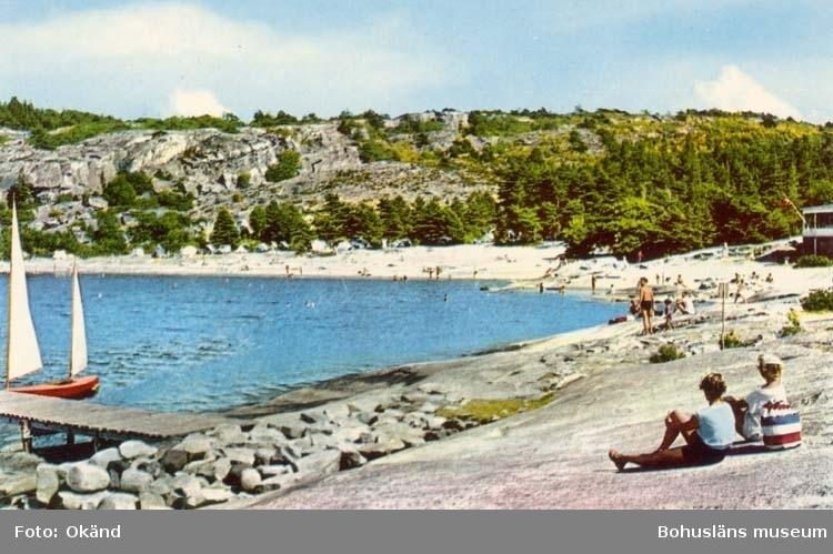 """Tryckt text på kortet: """"Strömstad. Capri badplats."""""""