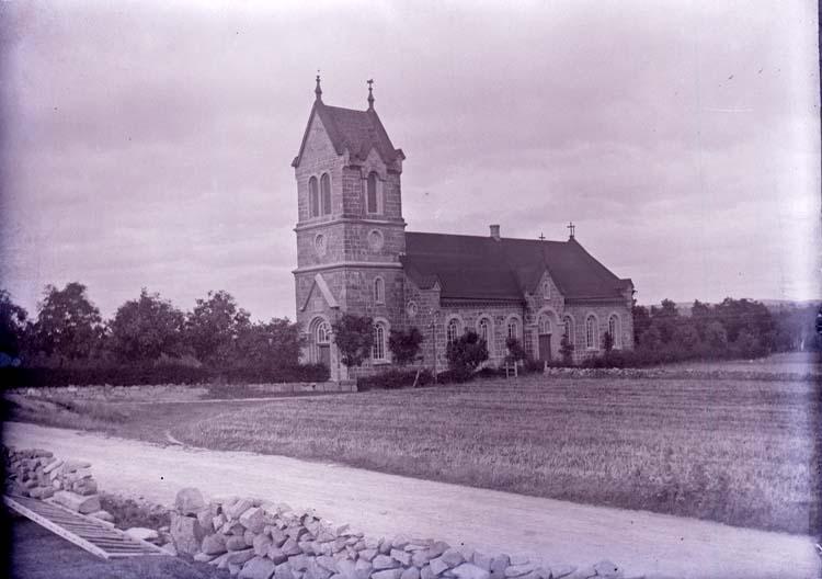 """Enligt text som medföljde bilden: """"Brastad kyrka."""""""