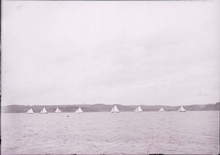 """Enligt text som medföljde bilden: """"Gustavsberg. Start 12/8 06""""."""