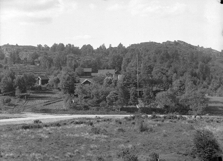 """Enligt fotografens noteringar: """"Fru Forsblads hem, Lycke, Möe. 1926."""""""