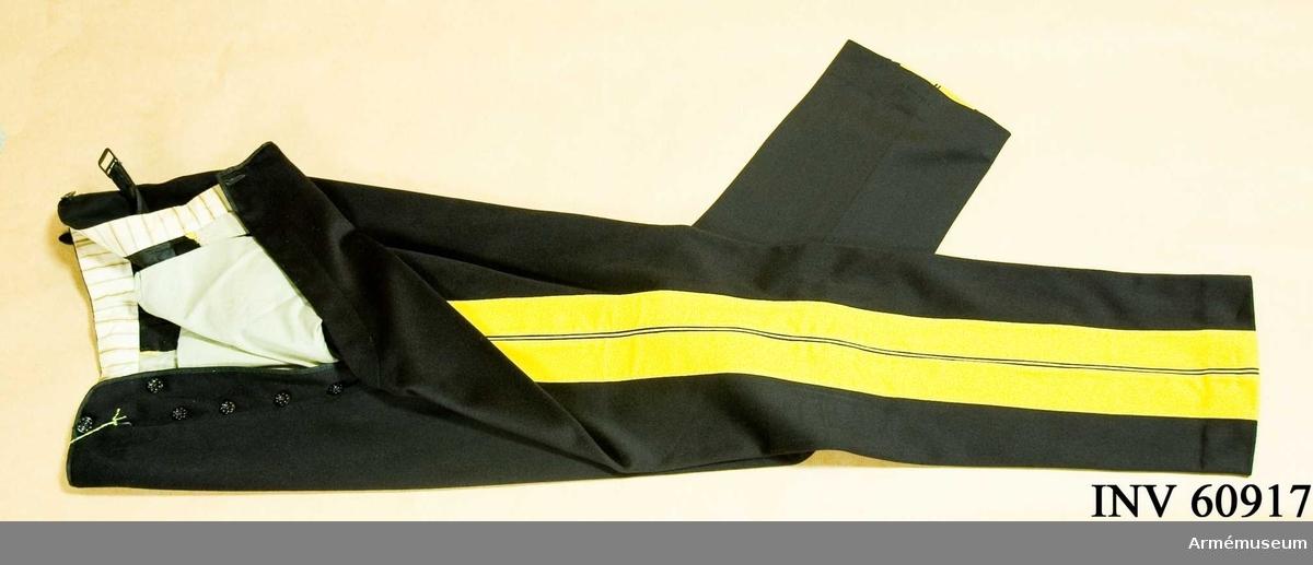 Grupp C I.  Ur uniform för överstelöjtnant vid generalstaben (se samhörande).