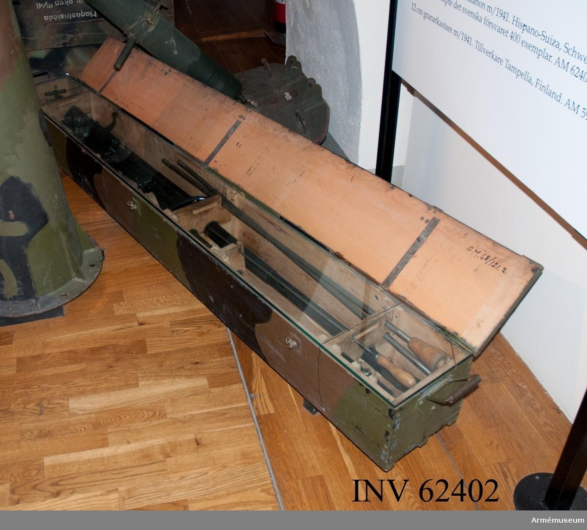 Grupp F I. Transportlåda till eldrör. Till 20 mm luftvärnsautomatkanon m/1941.